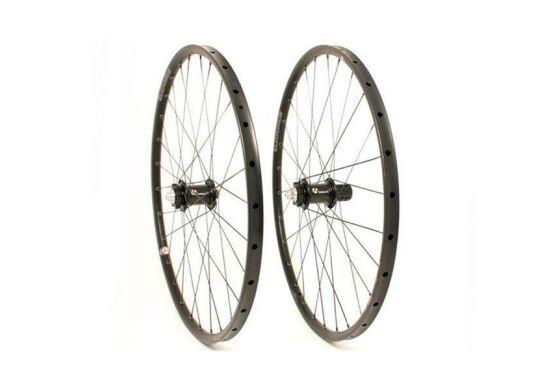Carbon-Ti X-Wheel MTB 29 Tubolite 32 Loch