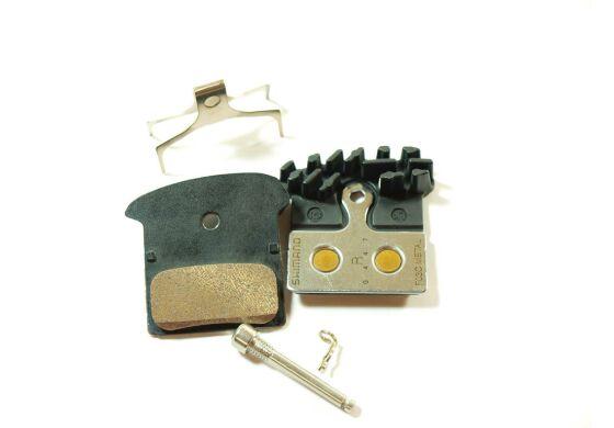 Shimano Scheibenbremsbeläge mit Kühlrippen Metall Y8LW98030 SB-Verpackung